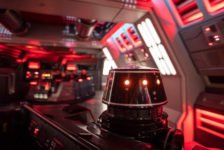 Baixa procura faz atração de Star Wars abandonar fila virtual
