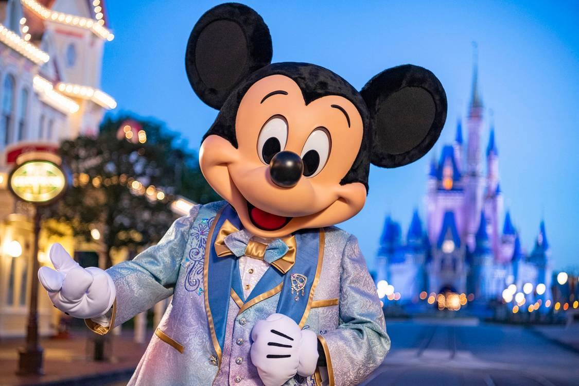 """Disney World anuncia início do """"Extended Theme Park Evening Hours"""""""