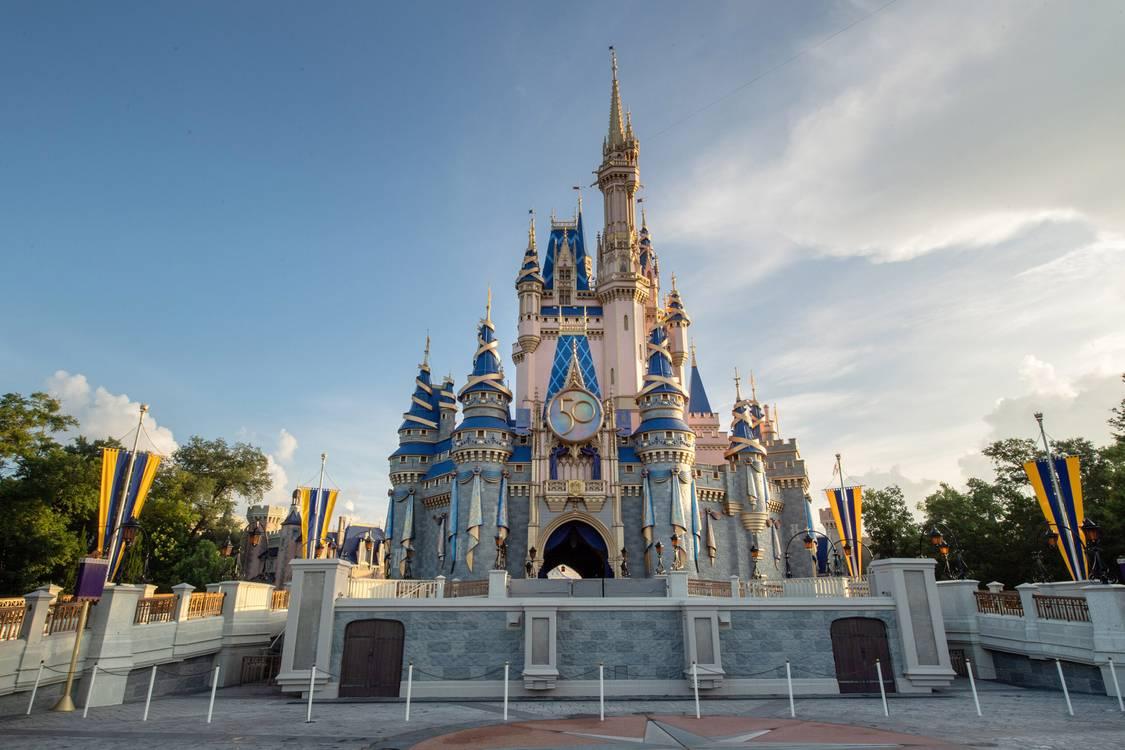 3 funcionários Disney são presos por pedofilia